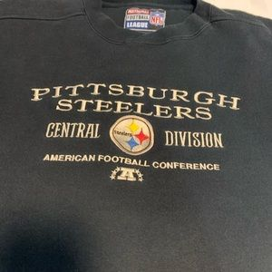Vintage Pittsburgh Steelers embroidered sweater